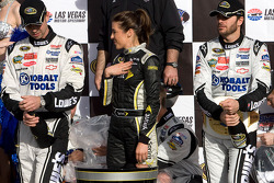 Victory lane: race winner Jimmie Johnson, Hendrick Motorsports Chevrolet with his team