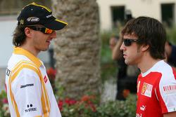Robert Kubica, Renault F1 Team and Fernando Alonso, Scuderia Ferrari