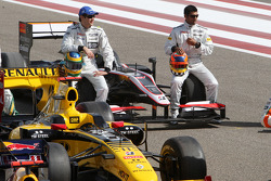 Bruno Senna, Hispania Racing F1 Team, Karun Chandhok, Hispania Racing F1 Team