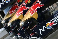 Scuderia Toro Rosso front wings