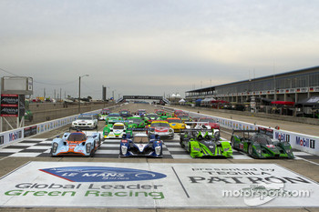12 Hours of Sebring cars group photo