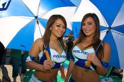 The lovely Falken girls
