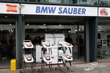 Race preparations, BMW Sauber F1 Team, nose cones