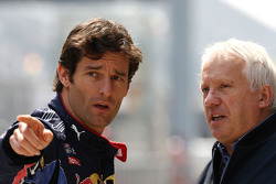 Mark Webber, Red Bull Racing, Charlie Whiting, FIA Safty delegate, Race director and offical starter