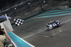 #5 Matech Competition Ford GT: Thomas Mutsch, Romain Grosjean takes the checkered flag