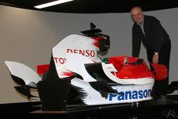 Zoran Stefanovic visits Toyota F1