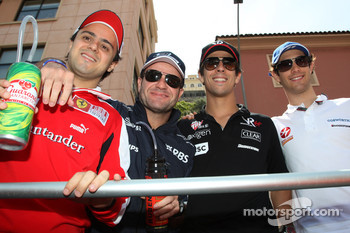 Felipe Massa, Scuderia Ferrari, Rubens Barrichello, Williams F1 Team, Lucas di Grassi, Virgin Racing, Bruno Senna, Hispania Racing F1 Team, HRT