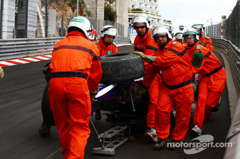 Nico Hulkenberg, Williams F1 Team crashed coming out of the tunnel