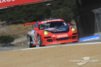 #32 GMG Racing Porsche 911 GT3 Cup: Bret Curtis, James Sofronas, Terry Borcheller