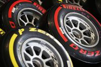GP2 Foto - Pirelli tyres