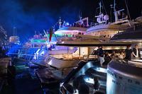 Formula 1 Foto - Barche di notte nel Porto di Monaco