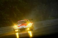 VLN Photos - #30 Frikadelli Racing Team, Porsche GT3 R: Norbert Siedler, Patrick Huisman, Sabine Schmitz