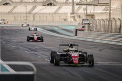 فريق موتوبارك، بطولة الفورمولا 4 في الإمارات العربية المتحدة