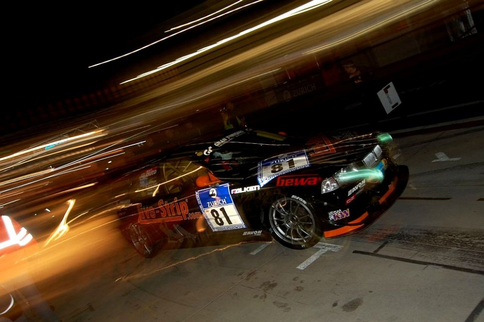 Pitstop at night, 24H Nürburgring 2009