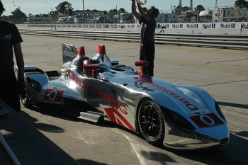 DeltaWing front view