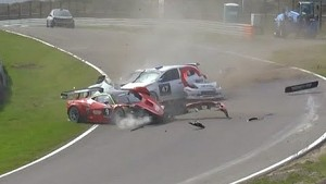 Three cars hit hard - Zandvoort 12 Hours