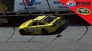 Kenseth's rough start to season continues after two tire problems