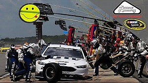 Brad Keselowski forced to pit for penalty