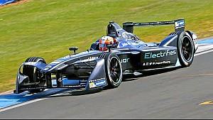 First Look: Jaguar Formula E Car Pre-Season Testing