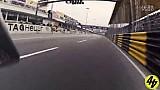 澳门摩托车大奖赛 - 冠军Peter Hickman车载