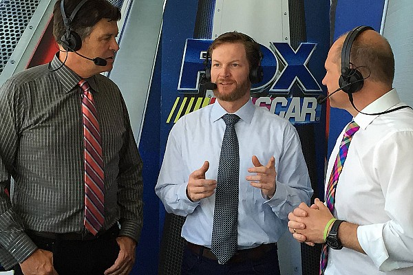 Dale Earnhardt Jr. returns to TV booth for Clash at Daytona