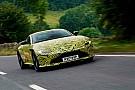 Auto Max Verstappen teste la nouvelle Aston Martin Vantage!