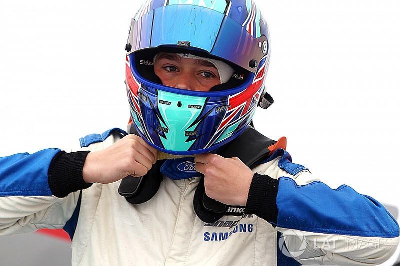 Monger werkt Formule 3-test voor Carlin af