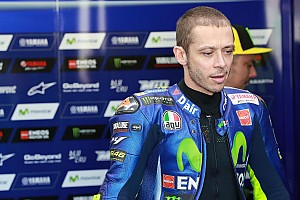 MotoGP Réactions Selon Rossi, revenir au châssis 2016 ne suffit pas pour gagner