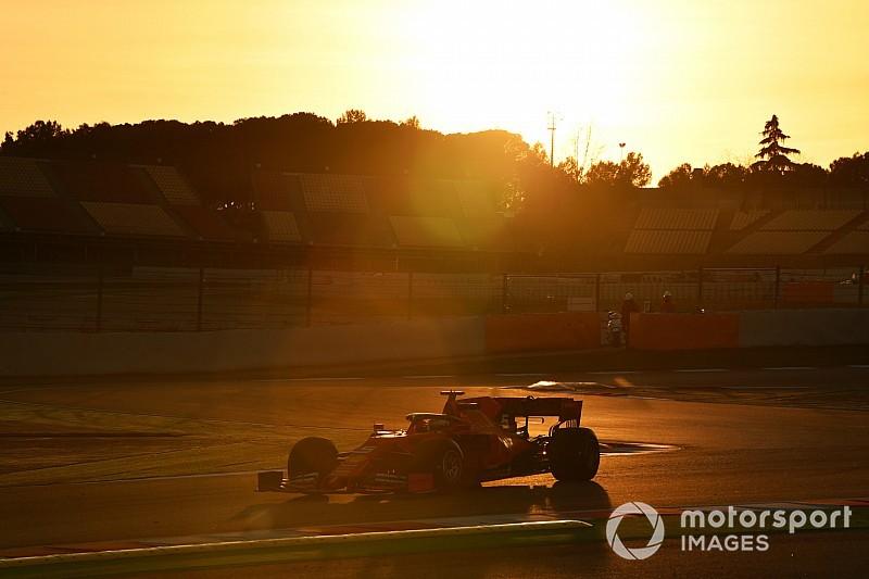GALERÍA: la sesión matutina de tests de la F1 en Barcelona