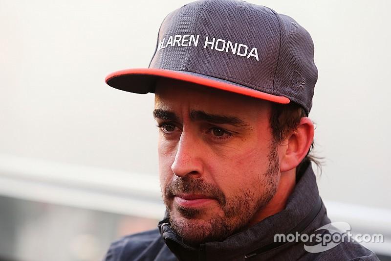 «Нет ни надежности, ни мощности». Что именно сказал Алонсо про Honda