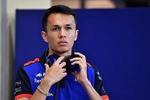 Albon maakt startnummer voor Formule 1 bekend