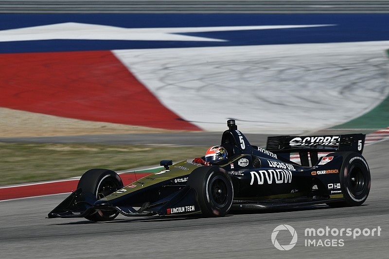 Vídeo: una vuelta rápida al circuito de Austin en un F1 vs un IndyCar