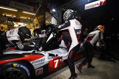 Le Mans 24h: #7 Toyota drops down order with turbo issue