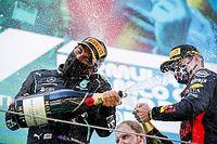 """Hamilton dispara contra críticos: """"Se Verstappen viesse para a equipe e eu o vencesse, não acreditariam"""""""