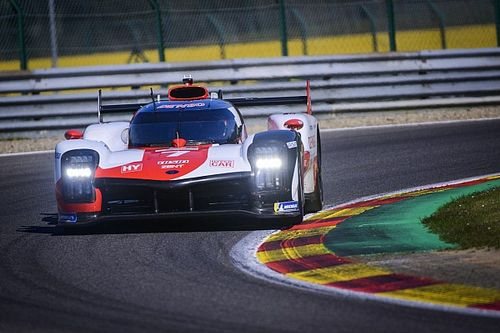 El Toyota de López se lleva la pole en Spa