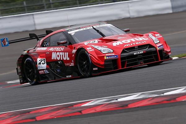 Super GT Отчет о гонке Экипаж Nissan выиграл гонку Super GT в Фудзи, Баттон 9-й
