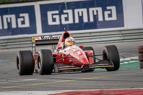 Ferrari en Arrows: Van Loon laat oude F1-tijden herleven in Assen