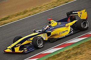 Super Formula Новость Фиттипальди примет участие в тестах Суперформулы