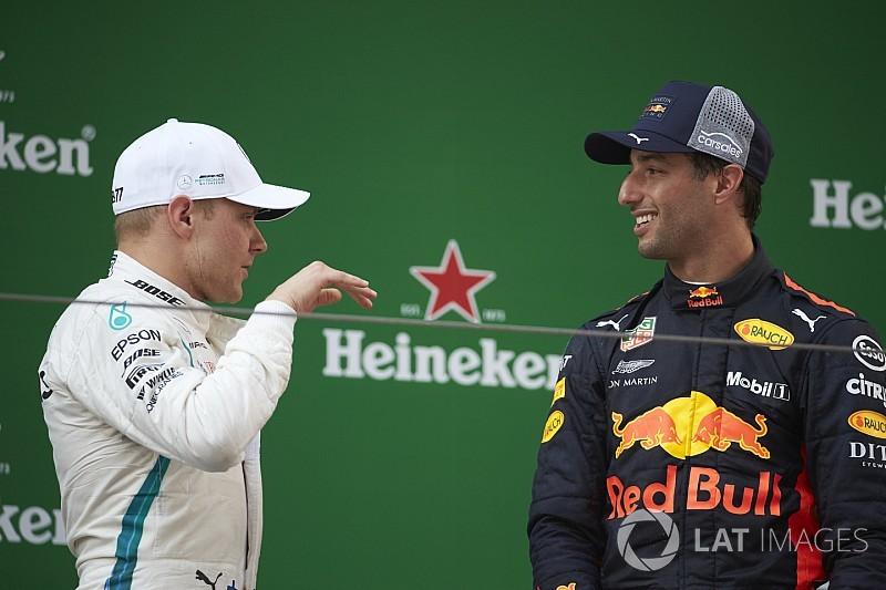 "Bottas avoided clash in ""brutal"" Ricciardo pass - Mercedes"