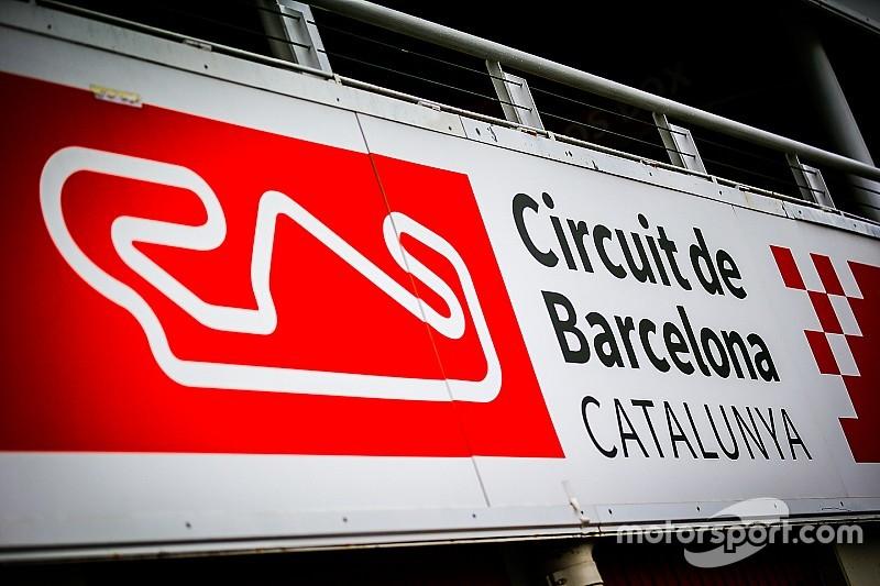 Carros têm janelas quebradas em estacionamento de Barcelona