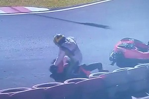 VIDEO: 500 Millas de Kart termina en una pelea entre pilotos