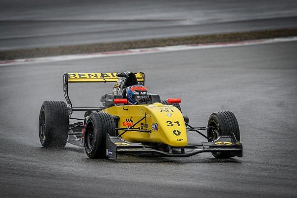 Formule Renault Testverslag MP Motorsport-coureur Lundgaard snelste op eerste testdag Nürburgring