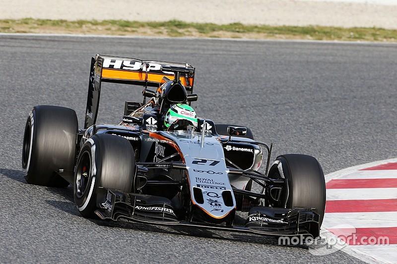 Hulkenberg lidera en la mañana y Ferrari tiene problemas