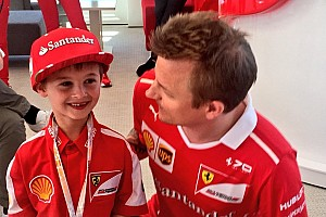Формула 1 Самое интересное Фанат номер один. Как встретились Кими и его шестилетний болельщик