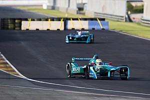 Formula E Breaking news Para pembalap Formula E marah dengan lintasan