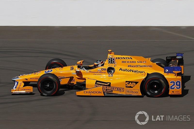 McLaren можуть пофарбувати в колір «папаї» у 2018 році