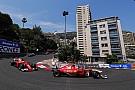 Forma-1 Hamilton: a Ferrari Vettel mellett döntött, ő az első