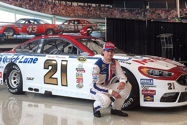 Wood Brothers replicate 1976 Pearson car for Darlington paint scheme