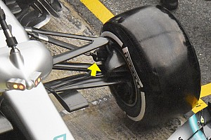 Különleges megoldást gurított a Mercedes a W10 első futóművében