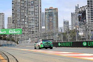 Gold Coast 600: Kelly fastest in red-flagged opening practice
